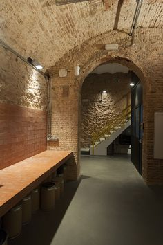 Monvínic Store Barcelona | Alfons Tost Interior design Bathroom Lighting, Barcelona, Interior Design, Mirror, Store, Furniture, Home Decor, Shopping, Bathroom Light Fittings