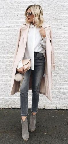 « Blush pink & grey on this cloudy day »