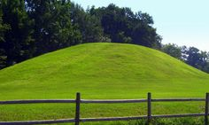 funeral mound of the Muscogee (Creek) Native Americans that settled along the Ocmulgee River more than one thousand years ago in what is today Macon, Georgia