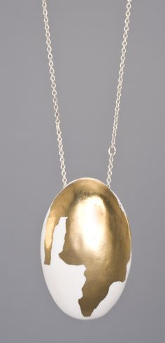 DRIPPING GOLD. Porcelain and gold lustre necklace by Anna Kiryakova.