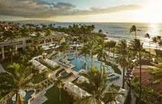 Fountain Pool View at Four Seasons Resort Maui at Wailea #Hawaii #travel