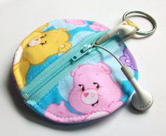 Care Bears Earbud Holder / Best Friend Bear Circle by aPopUpShop