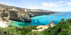 Tsigrado Beach auf Milos, Griechenland @ Marlene Haider / Restplatzboerse.at Paros, Hotels, Strand, Greece, Beach, Water, Outdoor, Santorini, Travel Advice