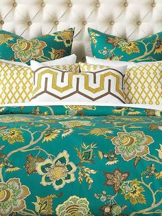 Let the golden tones and teal background of the McQueen Bedding Collection bring new life to your master suite with it's detailed flowers, scrolling vines and beautiful botanical leaves.