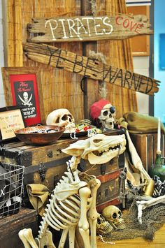 Searching for long lost party treasure? Kara's Party Ideas presents a Pirates of the Caribbean Birthday Party worth its weight in gold! Pirate Skeleton, Pirate Halloween, Halloween Prop, Halloween Themes, Halloween Decorations, Birthday Party For Teens, Pirate Birthday, Pirate Theme, 8th Birthday