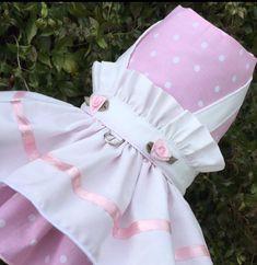 Vestido rosa de punto delantal perro para por ChloeBellaDesigns