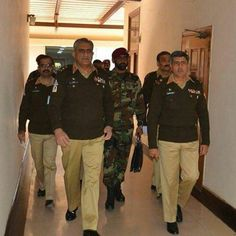 Pakistan Armed Forces, Pakistan Army, Beautiful Couple, My Passion, Air Force, Abs, Military, Couples, My Style