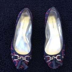 Tommy Hilfiger flats Cute flats, visible wear on them. Sorry No trades Tommy Hilfiger Shoes Flats & Loafers