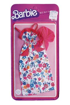 This was my favorite Barbie dress! I do not remember the scarf at all