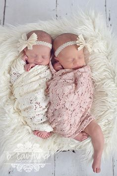 twin love simply sweet pair of muslin bow lace headbands www.lovecrushbowtique.etsy.com  photo credit: www.bcouturephotography.com