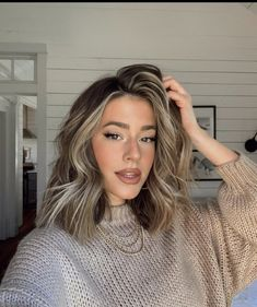 Brown Hair Balayage, Brown Blonde Hair, Brunette Hair, Blonde Hair Looks, Big Hair, Love Hair, Hair Color And Cut, Haircut And Color, Medium Hair Styles