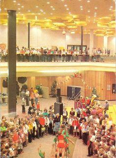 War eine schöne Kindheit. Pionierpalast in der Ost-Berliner Wuhlheide