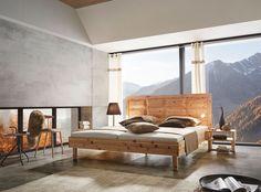 Ein Natürlicher Blickfang: Zirbenbett Tyrol überzeugt Mit Seinem Präzise  Gearbeiteten Kopfhaupt Und Dem Dezenten Bettrahmen