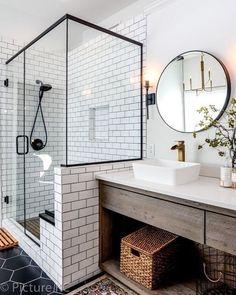 44 Marvelous Farmhouse Master Bathroom Decor Ideas and Remodel - Home Design Inspiration Master Bath Remodel, Master Bathroom, Modern Bathroom, Bathroom Vanities, Quirky Bathroom, Vintage Bathroom Decor, Gold Bathroom, Glass Bathroom, Diy Bathroom Decor