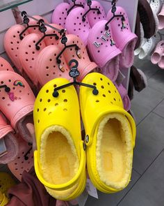 Crocs with a protective fuzzy inside to keep your feet warm. Crocs Shoes, Shoes Sneakers, Shoes Heels, Crocs Slippers, Crocs Fashion, Sneakers Fashion, Fashion Outfits, Winter Crocs, Fuzzy Crocs