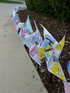 In advisory this week, all middle schoolers were invited to create pinwheels for the project. On one side, students wrote their thoughts about peace / tolerance/ living in harmony with others, and on the other, they drew to visually express their feelings. Today, September 21st, is International Day of Peace, so we installed the pinwheels outside of the Middle School as a public statement and art exhibit/installation.