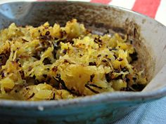 Paleo Hash Browns {Spaghetti Squash Hash Browns} 1 cup roasted spagetti squash (wring out as much water as possible); 1 tbsp butter, ghee, sea salt.