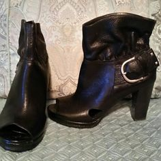 Black Gianni Bini Shoes Black Gianni Bini Peep Toe Shoes on Excellent Condition.  Size 8. Side Gold Buckle. Gianni Bini Shoes