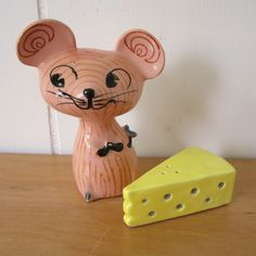 vintage mouse and cheese salt and pepper shakers