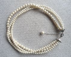 Hey, I found this really awesome Etsy listing at https://www.etsy.com/listing/183661261/pearl-necklace-ivory-pearl-necklace