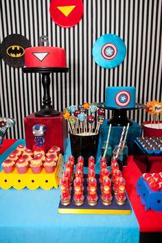 Festa infantil: tema super-heróis