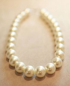 SheInside : White Big Pearl Necklace $13.74
