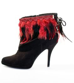 Your team's color crimson & black? BootDazzle Charlotte is perfect for you! Perfect for those Texas Tech and University of S. Carolina fans! Order now & receive 50% OFF!