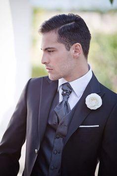 Tosetti Style ..per essere perfetti il giorno del si! Www.tosettisposa.it #wedding #matrimonio #abitidasposa2014 #tosetti #tosettisposa #nozze