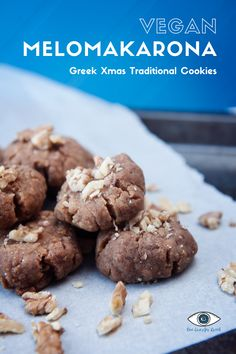 Traditionally in Greece, for Xmas, you bake two kind of cookies: Kourabiedes and Melomakarona. Check out this easy Greek Vegan recipe for Melomakarona on my blog Greek Cookies, Kinds Of Cookies, Xmas Cookies, Vegan Recipes Easy, Gluten Free Recipes, Melomakarona Recipe, Greek Sweets, Pastry Shop, Sweet Tooth