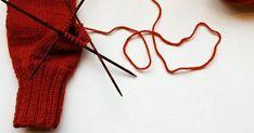 Helpot lapaset intialaisella peukalokiilalla     Lapaset on helppo tehdä, etenkin kun neulot sen intialaista peukalokiilaa käyttäen. Ei tar... Bobby Pins, Hair Accessories, Beauty, Fashion, Beleza, Moda, La Mode, Cosmetology, Fasion