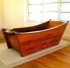 Wooden bathtub – never cold. (I'm starting to like the idea of a wooden bathtub for several reasons, including cost. Wood Bathtub, Wood Tub, Teak Wood, Wooden Bath, Rustic Bathroom Decor, Wood Plans, Woodworking Projects, Learn Woodworking, Woodworking Techniques