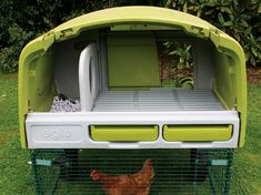 eglu chicken coop... yes it's plastic and all but imagine being able to hose it down