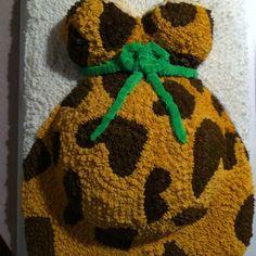 Baby bump cake (animal print)