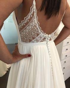 Romantic Wedding Dresses Wedding Gowns And Price Elegant Wedding Dress, Elegant Dresses, Romantic Dresses, Wedding Dresses For Petite, Diy Wedding Dress, Modest Wedding, Dresses Dresses, Wedding Wear, Boho Wedding