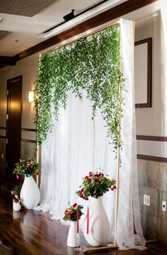 chic white and greenery wedding backdrop ideas