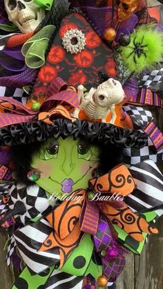 Hazel Witchy Witches - New Ideas Halloween Duos, Halloween Witch Wreath, Halloween Mesh Wreaths, Halloween Wall Decor, Whimsical Halloween, Halloween Window, Diy Halloween Decorations, Halloween Party, Pallet Christmas Tree