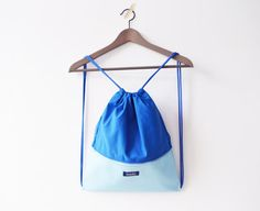 Ready to ship waterproof gym bag $35 including worldwide shipping.💙 #imola #imolabynoemiimola #craft #etsy #handcrafted #handmade #supporthandmade #supportsmallbusiness #musthave #madeinthehague #madeinthenetherlands #bag #freeshipping #gymbag #drawstringbag #backpack #waterproof #waterresistant #rucksack #festivalbag #colorblock #blue #hipster #colourful #happy #minimal #minimalist #summer #pastelblue #pastel
