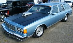 Drag Racing. Chevy Caprice station wagon
