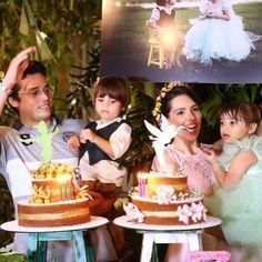 Nossos naked Cakes enfeitando essa festa linda dos gêmeos ❤️❤️❤️❤️❤️ #nakedcakedanabirra #BomDia!!! Todos os detalhes da festa #BabiBiel3Anos já estão te esperando no #BlogQueridaData com: Buffet @fulltimebuffet  Decoração @silviaroverieventos (São Paulo-SP) Peças & Desing Floral @decorrent Cerimonial & Identidade Visual @pahce Bolos Principais @nabirra  Bolos Secundarios @cacau2you  Chocolate @adrianachocolates Algodão Doce & Móveis @popsfestas Convite @scrapbookprime (Natal-RN) Macarrons…