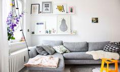 Canapé d'angle gris à Berlin chez Sina Gwosdzik