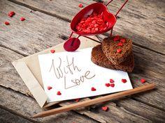 Приветствую всех, кто заглянул ко мне в блог! Сегодня романтичный день - День всех влюбленных. Так пусть же сердце каждого наполнится любовью! Пусть те, кто не нашел свою половинку, обретут свое счастье! Пусть те, кто уже в отношениях, будут ценить, уважать и беречь друг друга! Будьте счастливы и любимы!