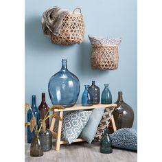 Blauwe decoratie brengt rust! #accessoires #woonkamer #vaas #kussen #opbergers #decoratie #kwantum