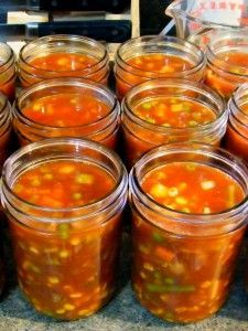Canning Vegetable Soups, Canning Soup Recipes, Pressure Canning Recipes, Beef Soup Recipes, Canning Vegetables, Canning Tips, Pressure Cooking, Cooker Recipes, Homemade Vegetable Beef Soup