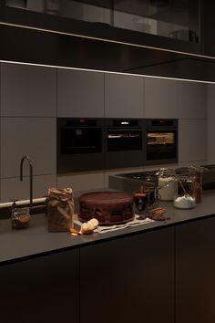 Home Room Design, Dream Home Design, Home Interior Design, Modern House Design, Kitchen Interior, Dream House Interior, Interior Stairs, Dark Interiors, Dream Apartment