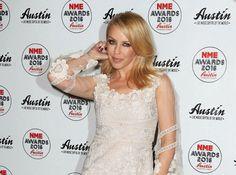 Business : Kylie Minogue a déclaré la guerre à Kylie Jenner !