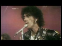THIN LIZZY - The Boys Are Back In Town  (1976 UK T.O.T.P. TV Appearance) ~ HIGH QUALITY HQ ~
