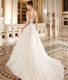 Demetrios Wedding Dress Style 571 | www.DemetriosBride.com