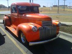 Gotta love the old hotrod trucks. Hot Rod Trucks, Cool Trucks, Chevrolet Trucks, Chevy Trucks, Classic Trucks, Classic Cars, Chevy Pickups, Vintage Trucks, Future Car