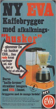 Tilbage til Datiden - gamle danske reklamer og andet godt Old Posters, Vintage Posters, Danish Language, Vintage Coffee, Historian, Good Old, Childhood Memories, Grunge, Nostalgia