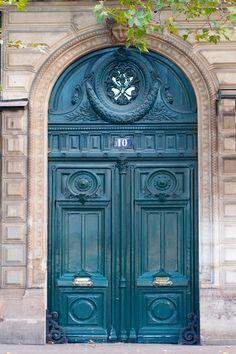 Rue de Rivoli, Paris, blue door, entrance, portal, doorway, curve, ornaments, detail, beauty, architechture, photo